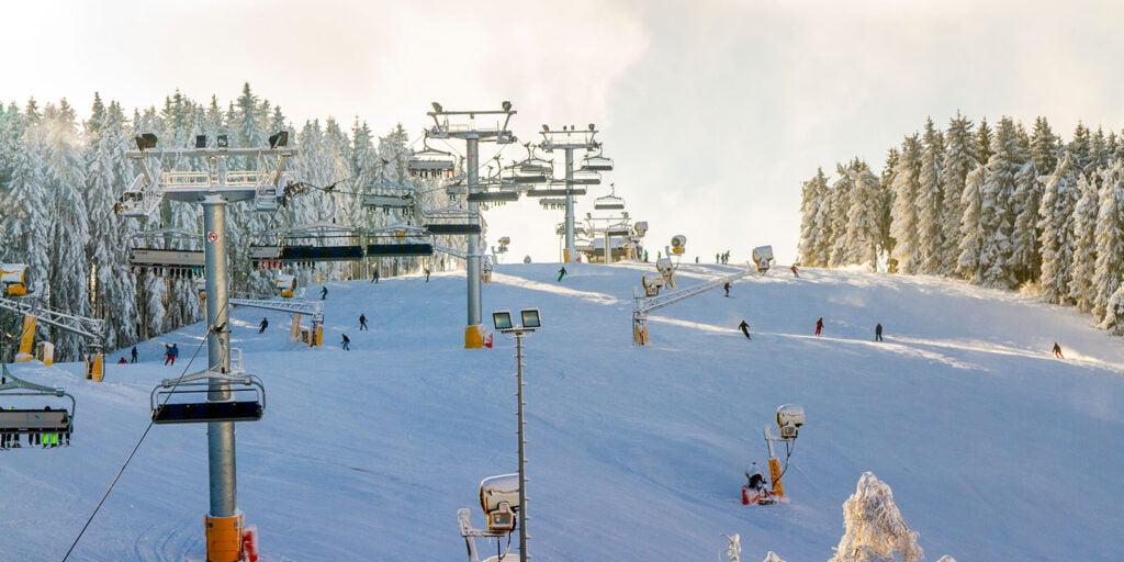 Wintersport-Arena Sauerland skien